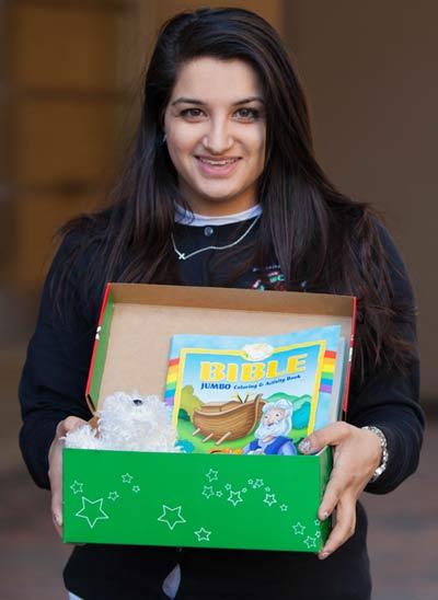 Dania with open shoebox